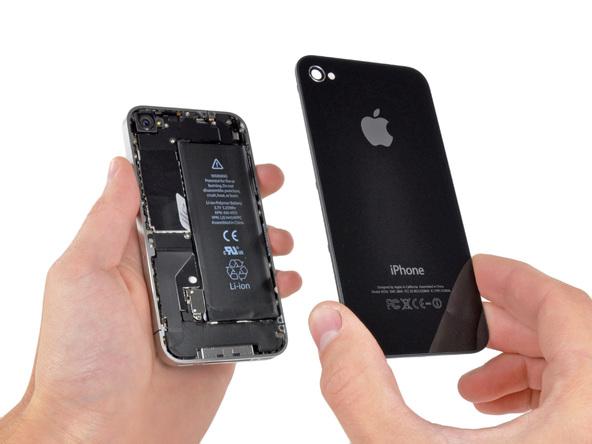 Fakta Mengisi Daya Baterai iPhone Semalaman Tidak Merusak Baterai