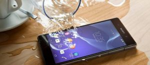 cara-mengatasi-smartphone-android-yang-terkena-air